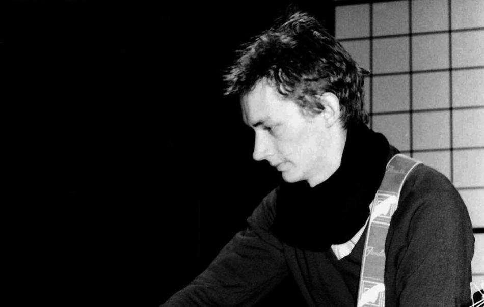 oct17_pg_feat_post-punk-guitar_public-image-ltd_keith-levene_photo-by-maureen-baker_web.jpg
